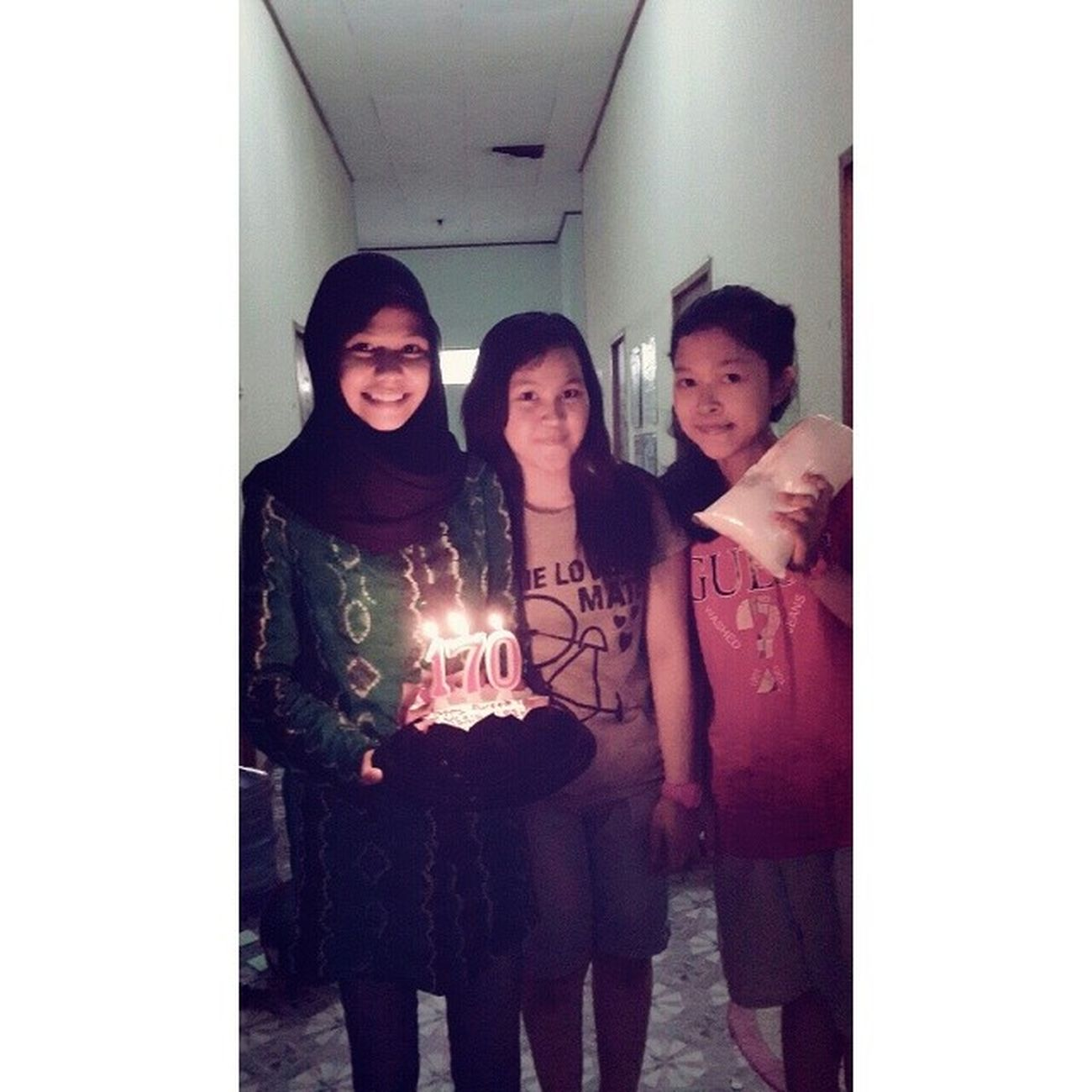HAPPY BIRTHDAY BESTIE Inyutt Ke-17 :** hehe lilinnya 170 Happy Birthday My Friend instadaily instagram ariendhiiya