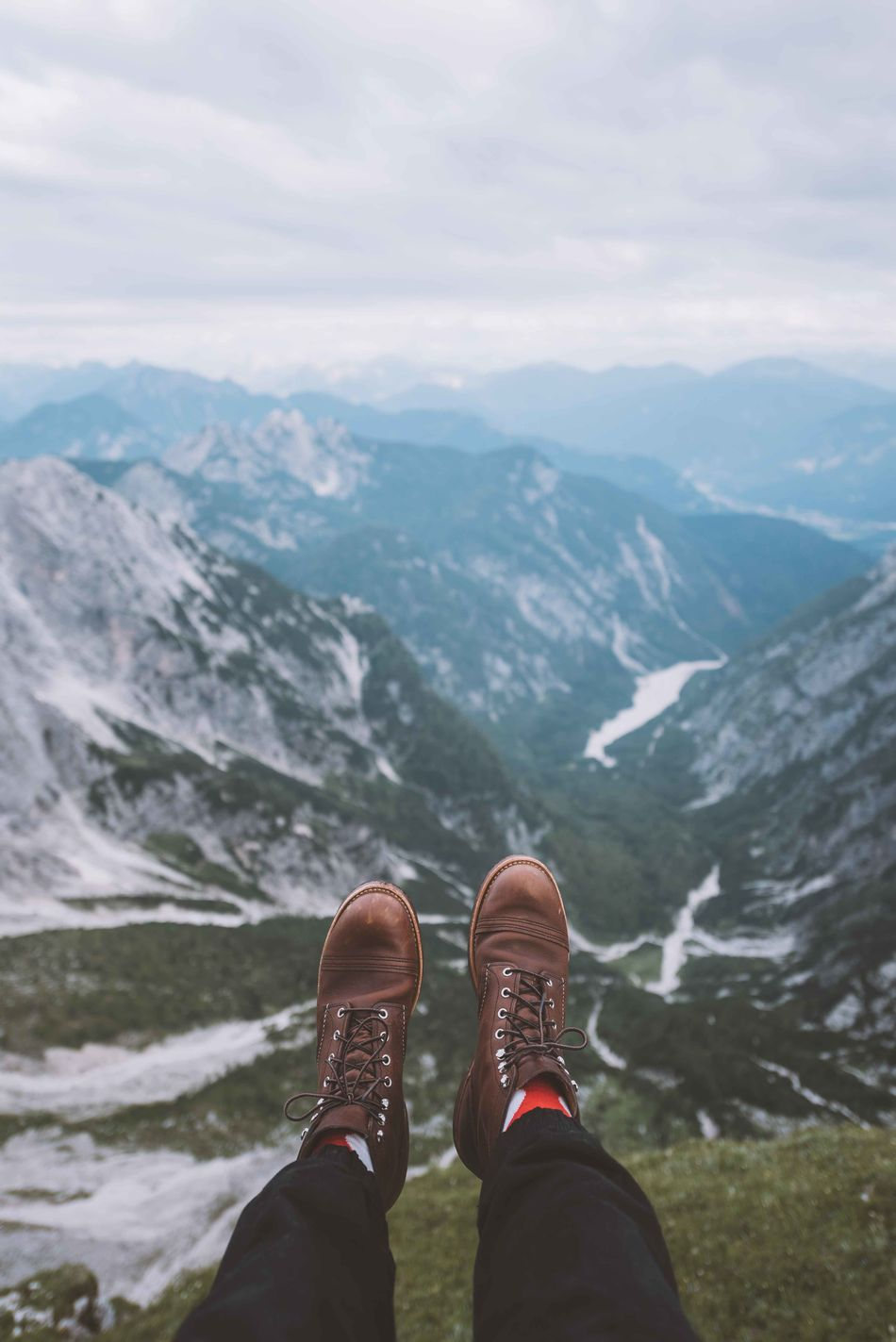 Adventure Beauty In Nature Day Hiking Human Body Part Human Leg Leisure Activity Lifestyles Low Section Mountain Mountain Range Nature One Man Only One Person Outdoors Personal Perspective Scenics Shoe Sky
