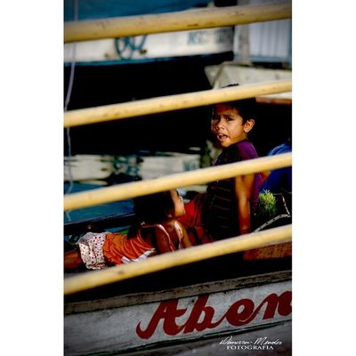 Vida no Rio, crianças da Amazônia. Photography Fotografia Kids Amazonia Nikon Nikon_photography Demersonmendes Cotidiano Brazilinfoco Brazilingram
