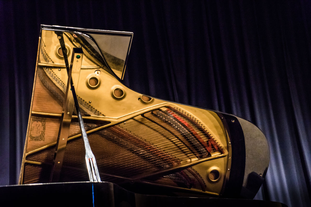 Piano Beautiful Black Close-up Elegance Everywhere Enjoy Golden Instrument Instruments Joy Music Music Festival Musical Equipment Piano Reflection Song Songs Stage Stage - Performance Space Stagephotography Stationary