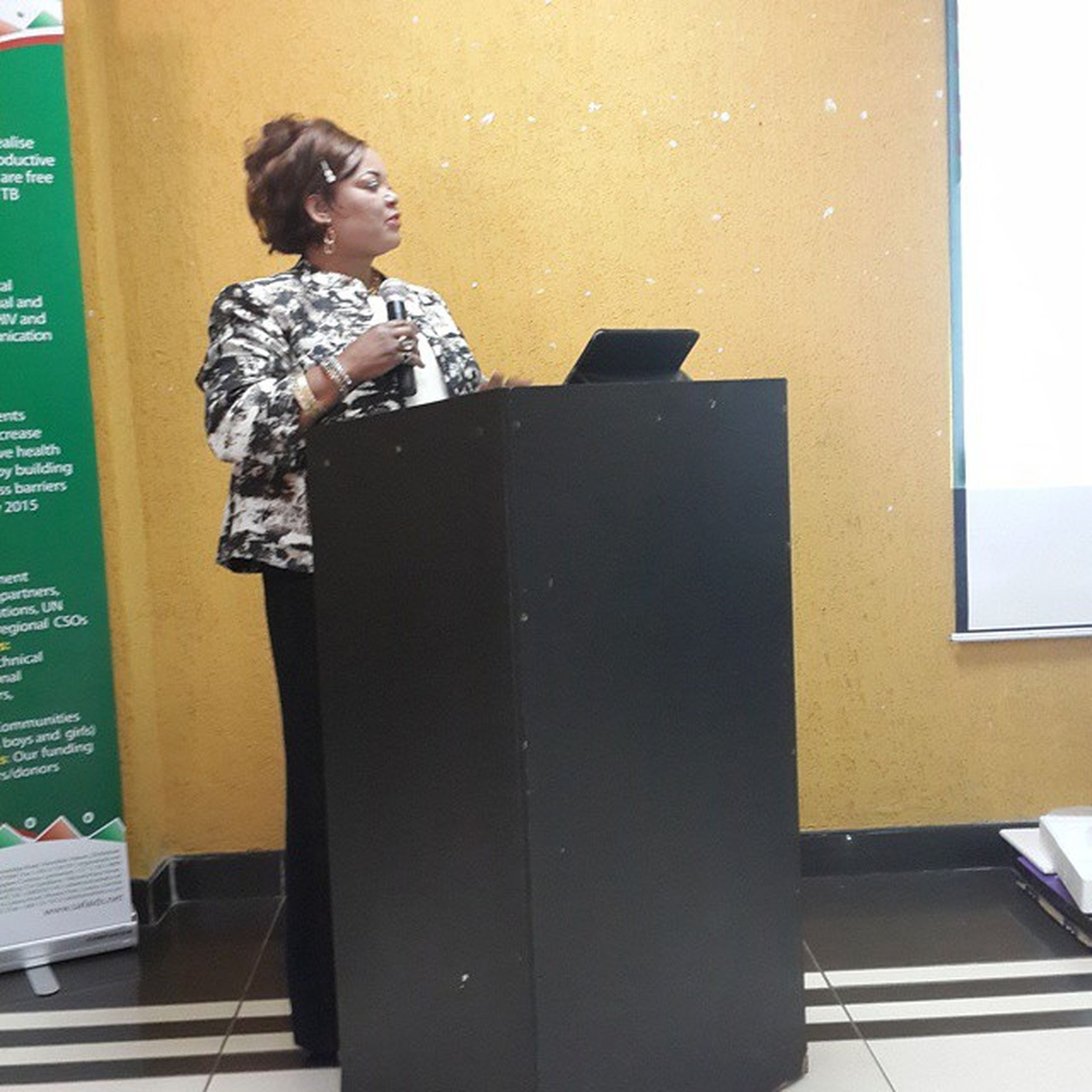 The honourable minister of gender Mrs Patricia Kaliati, MP giving her key note address at the national Traditional leaders indaba towards zero domestic violence and HIV among women and girls in our communities. Pacifichotel Lilongwe Malawi
