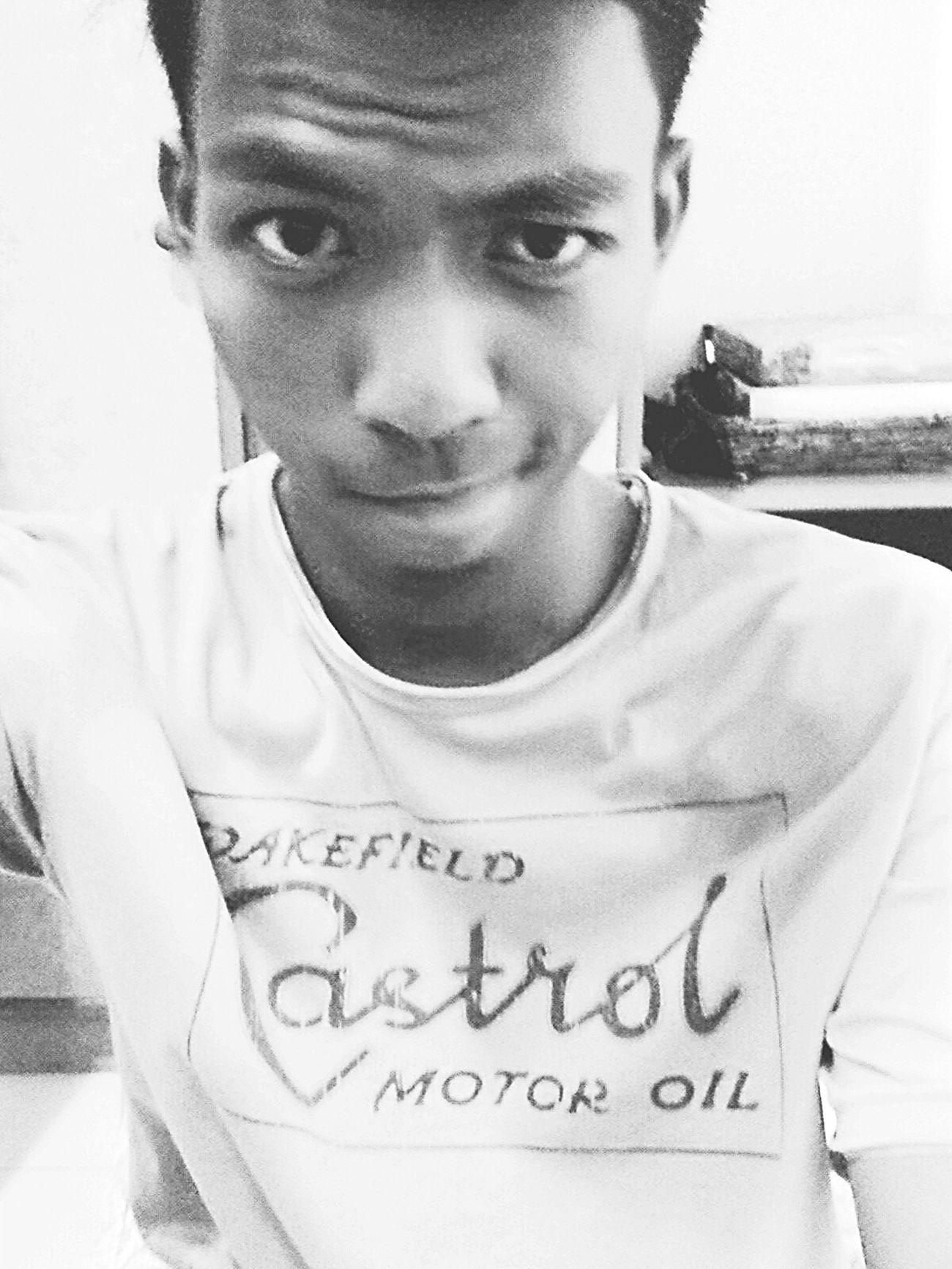 Selfie like...😜😜😜 ^ω^ 9197