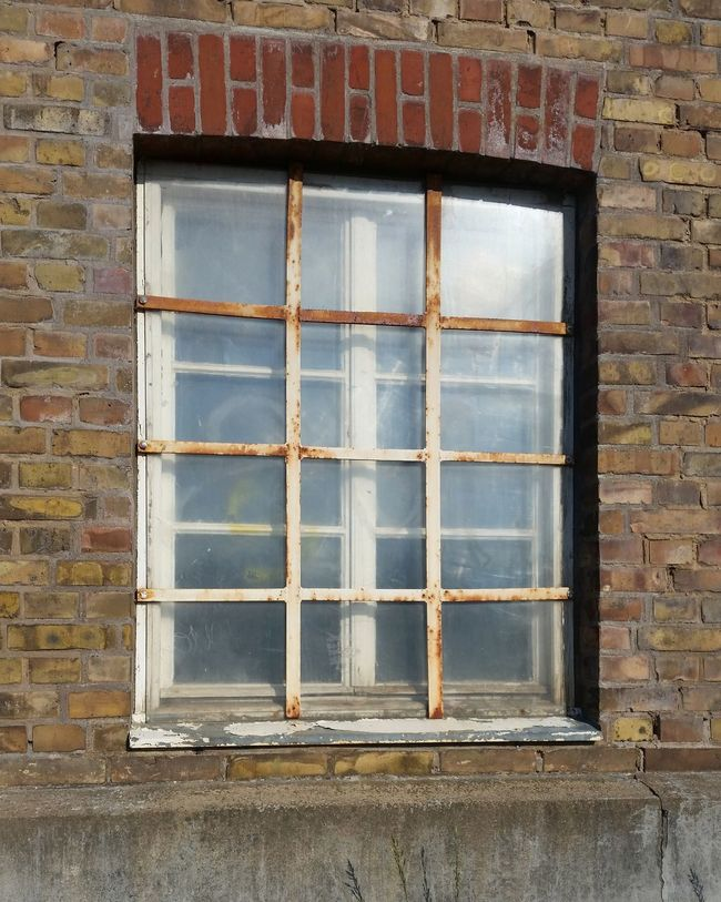 Window in an old factory Vintage Factory Old Building Hello World That's Me Check This Out Taking Photos Hanging Out Enjoying Life Picoftheday No People Check This Out Hello World Enjoying Life Eye4photography