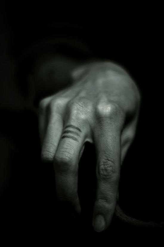 Human Body Part Bodyart Humanbodyart Monochromeart Black & White Blackandwhite Photography Shades Of Grey Eyeem Monochrome Bodyshot Black And White Collection  Hands Dead Souls Deadly