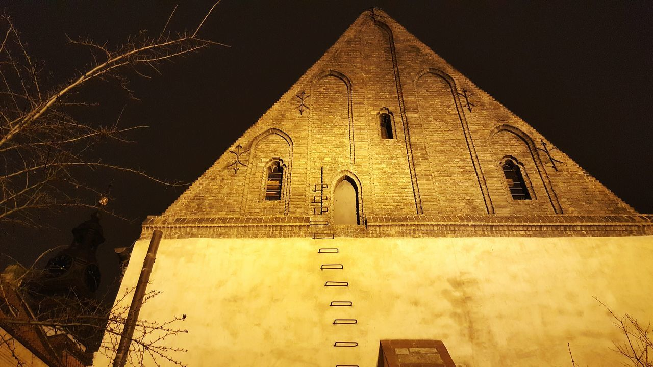 Architecture Building Exterior Built Structure History No People Travel Destinations Place Of Worship Outdoors Synagoge Synagogue Jewish Night Photography Nightphotography