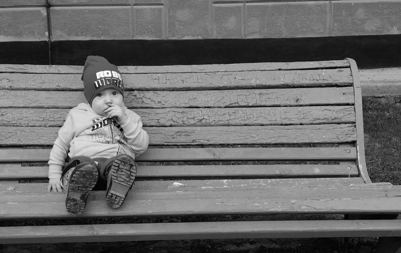 Child Kid Blackandwhite Black & White Black And White Collection  Childhood My Baby Boy Baby Black&white Summer Aoutmn