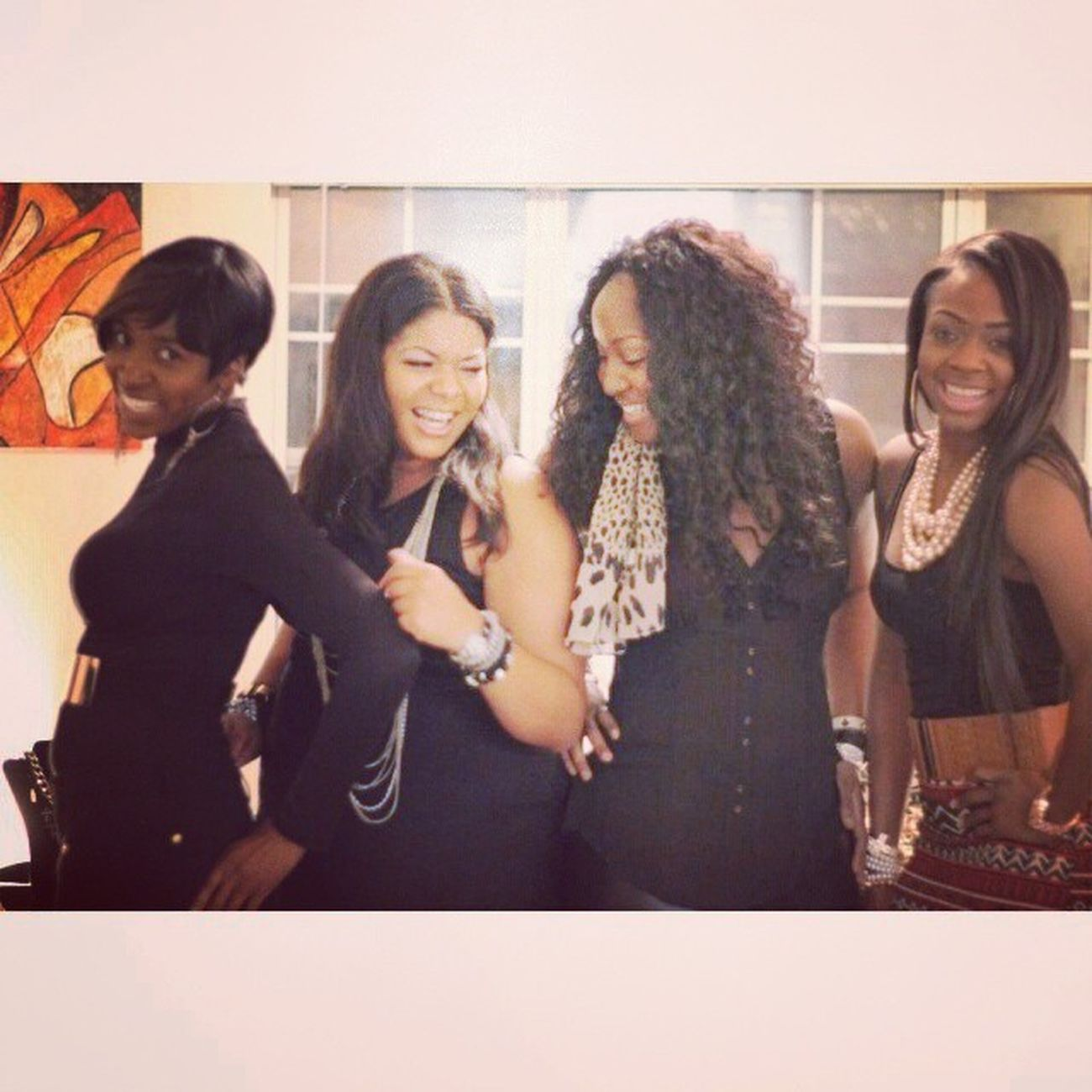 Last night was AllSmiles  with the ladies... @chansartisticlife @myssmeka @candycoatedhrt ArtLife Beautifulmoment