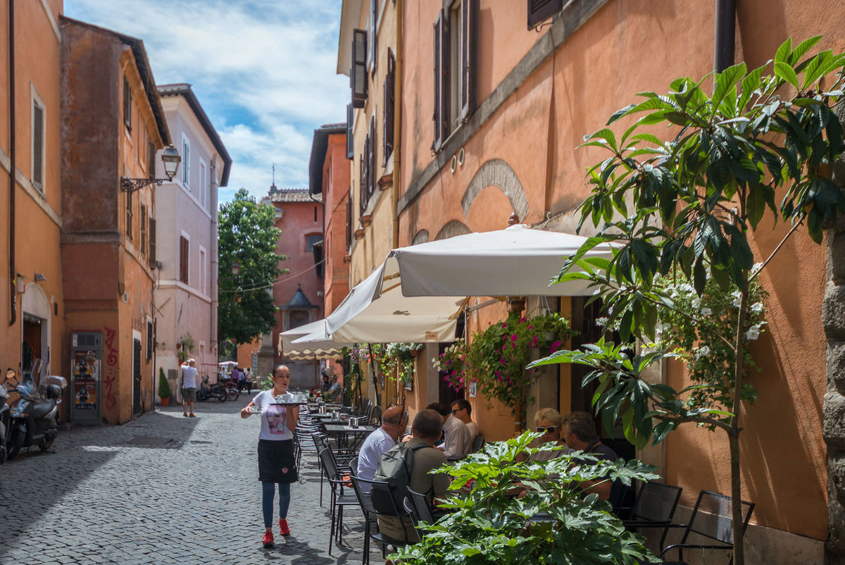 Pizza Restaurant, Trastevere Architecture Building Building Exterior Built Structure City City Life City Street Day Leisure Activity Lifestyles Outdoors Residential Building Residential District Residential Structure Sky The Way Forward Trastevere