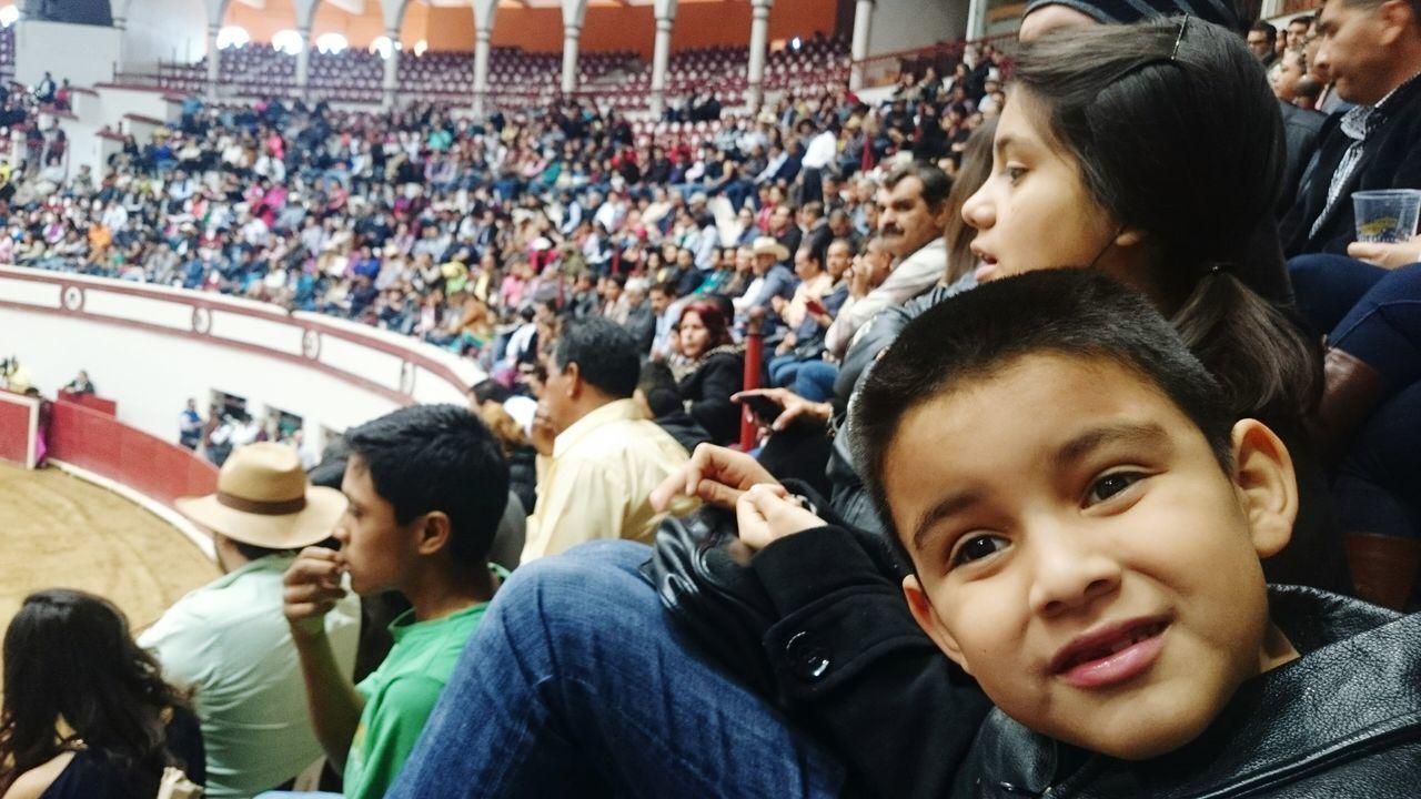Tarde de toros. Toros Coliseo Centenario Torreon