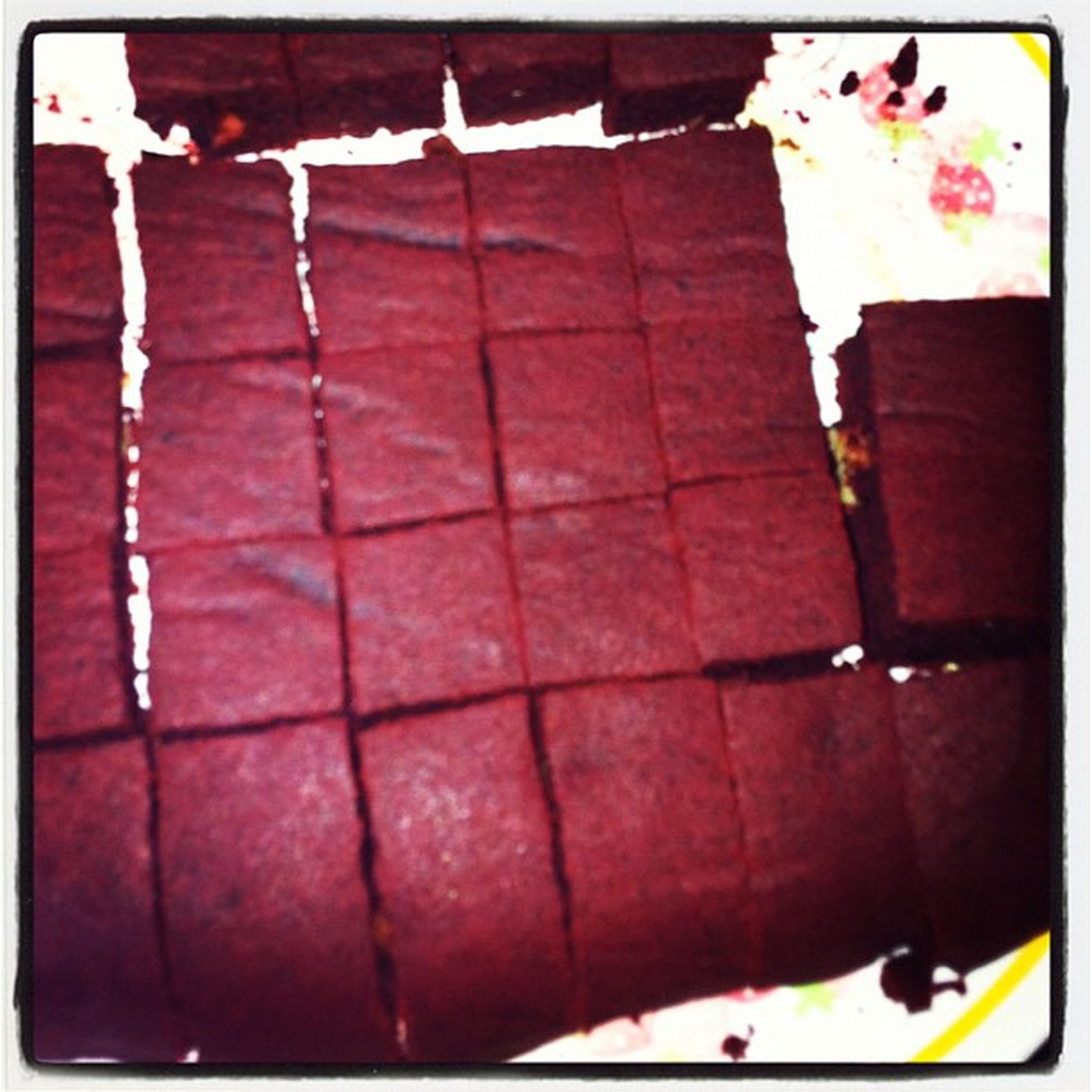 Just made red velvet brownies with walnuts for the family! Brownies Redvelvet Redvelvetbrownies Walnuts yum baking