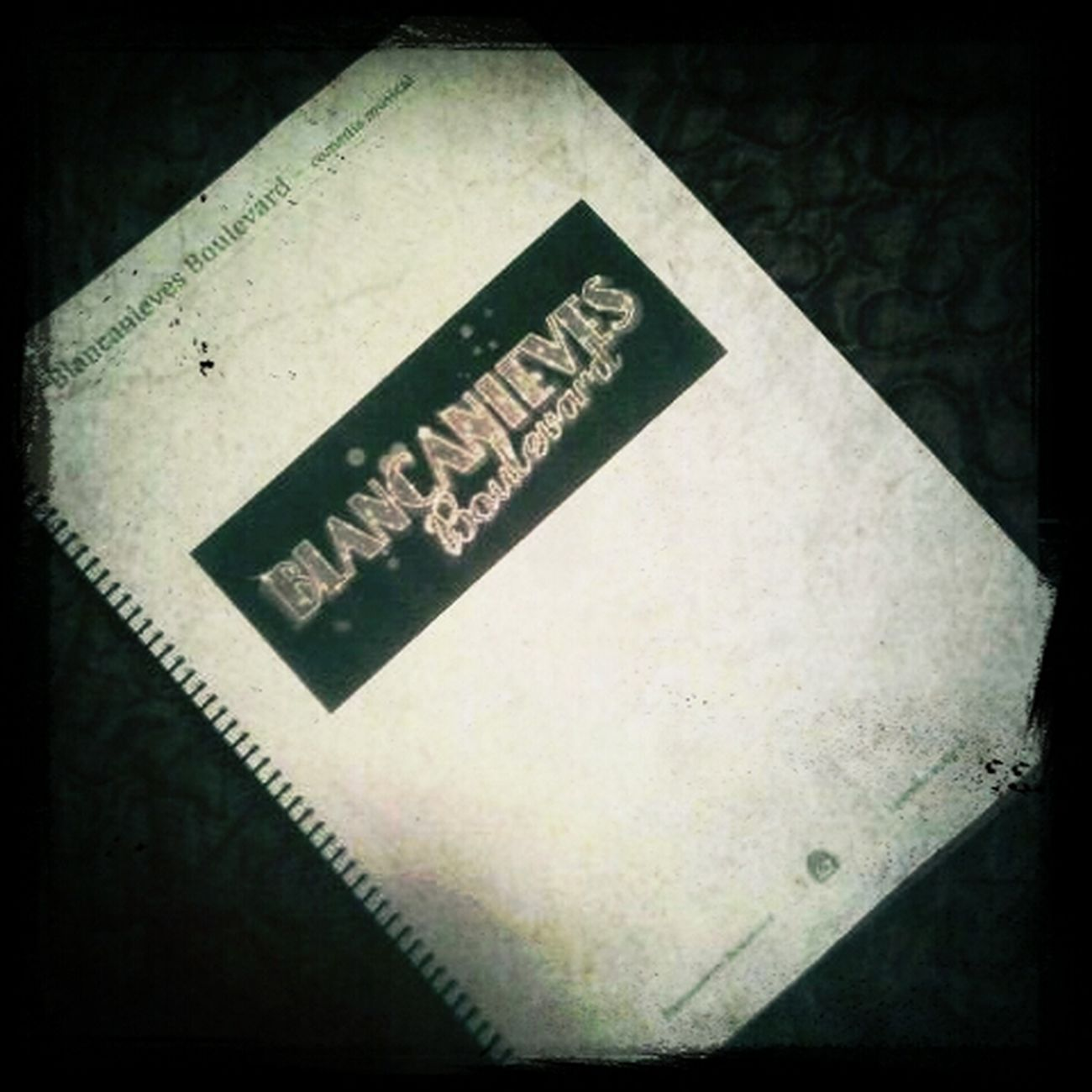 Mi primer libreto! q emocion :P
