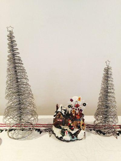 Eue Em Christmas Tree