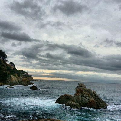 Bon dia Costa Brava. Lloretdemar Igersgirona Incostabrava Cales fotosdesomni sensefiltres mar catalunyaexperiencie