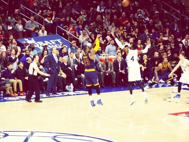 LeBron for 3! First Eyeem Photo Philly Iverson Cavs Sixers Witnessgreatness Lebron 215 Philadelphia Nike