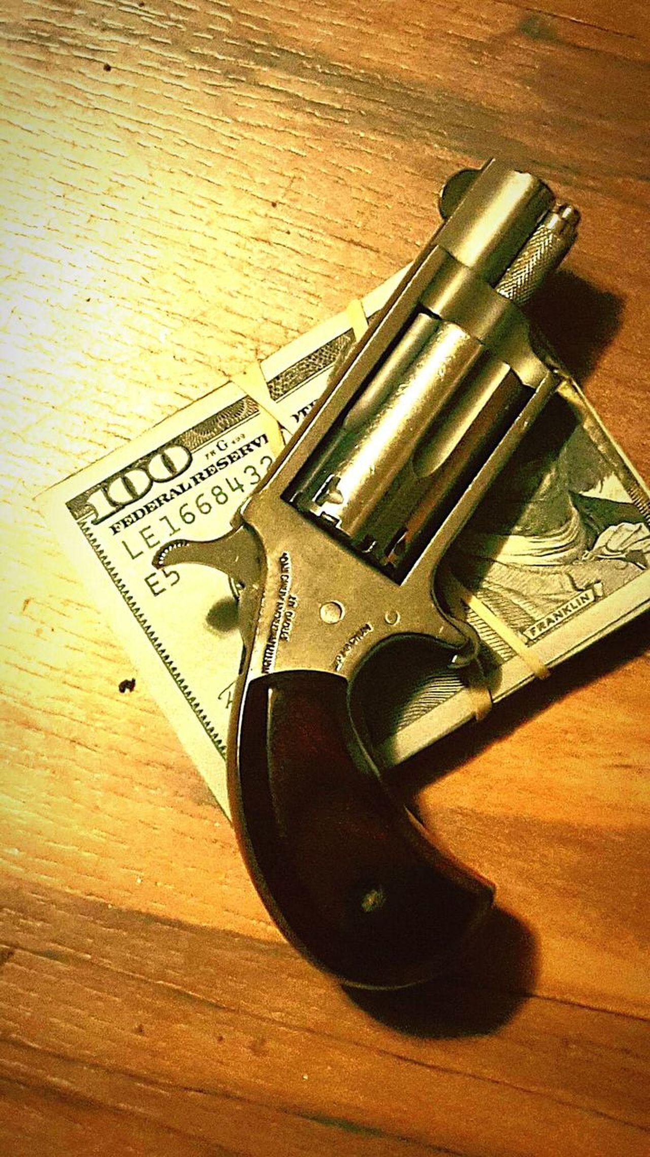 Gangsta Boss Life Derringer Pistol Bankroll Dirty South Concealcarry Concealed Gat Wood Grain Thug Life Old School OG Firearm DrugLife  Drug Dealing Druglord Drug Money Money Shot Toys Sneaky