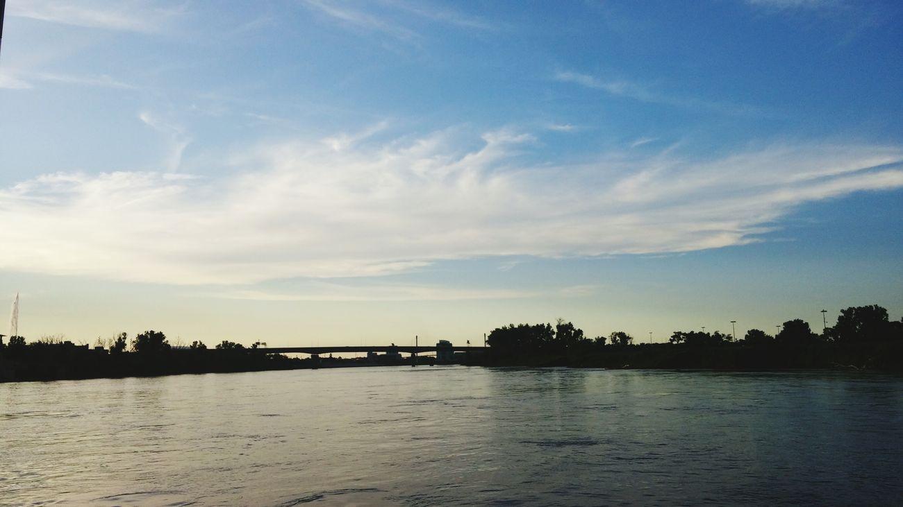 Cruisin' Relaxing Water Missouri River