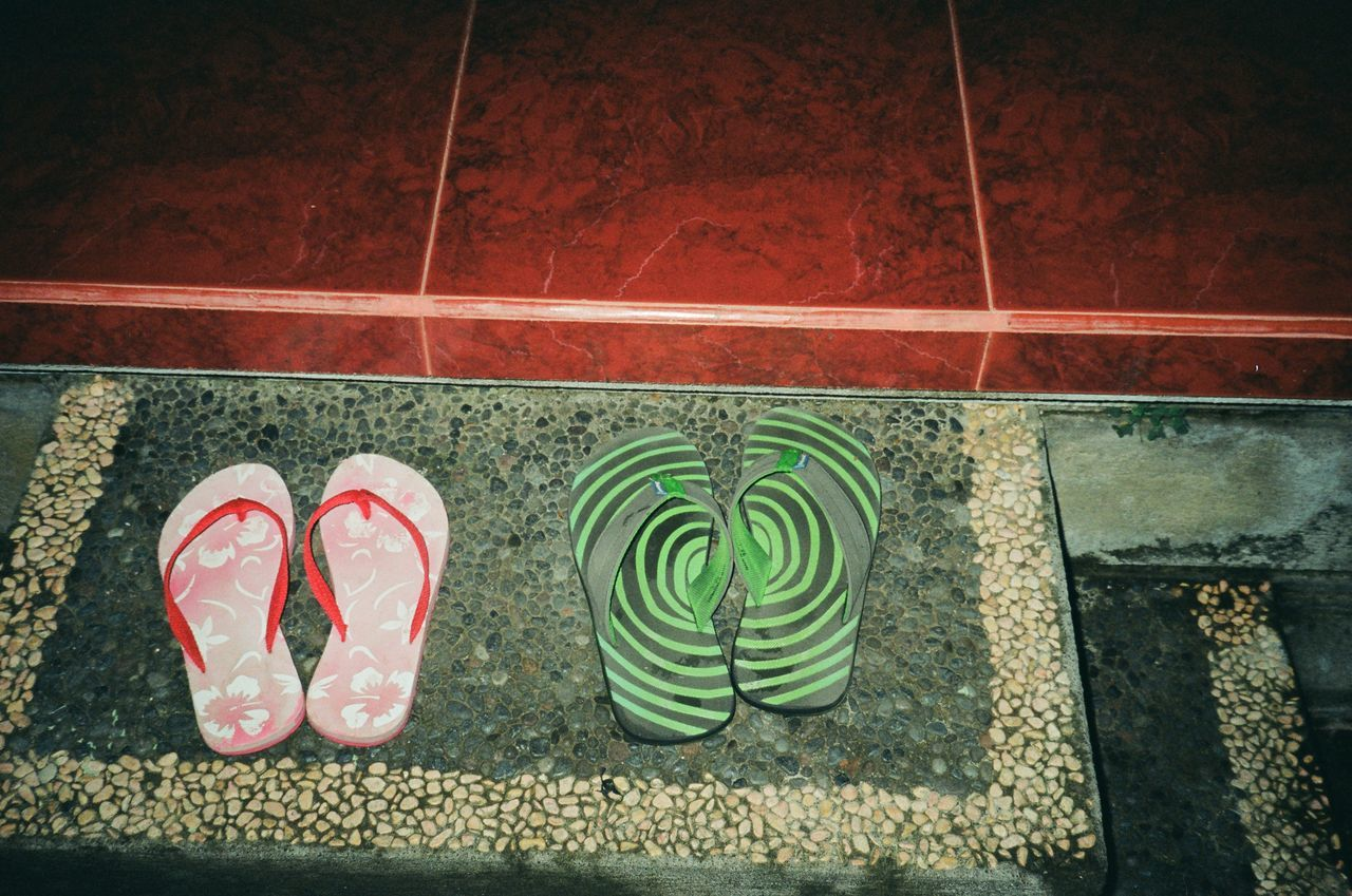 """you will start to feel very sleepy ... "" 35mm Camera 35mm Film Analogue Photography Bali Bali, Indonesia Canon Sure Shot Dizzy Filmisnotdead Fine Art Photography Flip Flops Flipflops Lomography Lomonesia Bali Looking At Camera No People Plastic Camera Psychadelic Sandals Slippers Stem"
