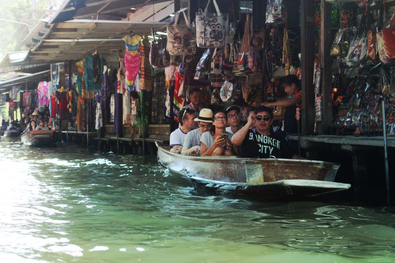 Hello World 水上マーケット Thailand