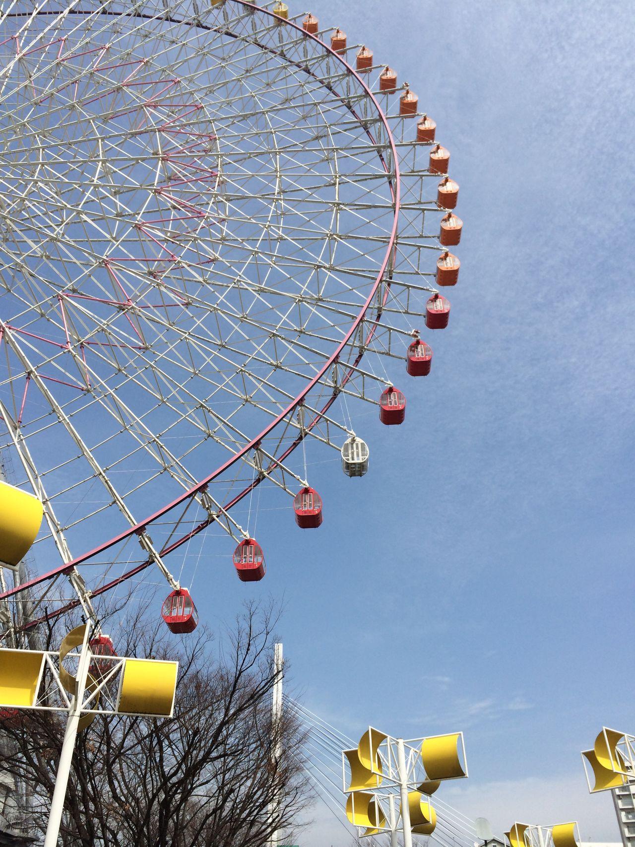 Tempozan Ferris Wheel in Osaka Day Ferris Wheel Low Angle View No People OSAKA Osaka,Japan Outdoors Red Sky Tempozan Ferris Wheel Travel Travel Photography White Yellow 관람차 Iphone5s
