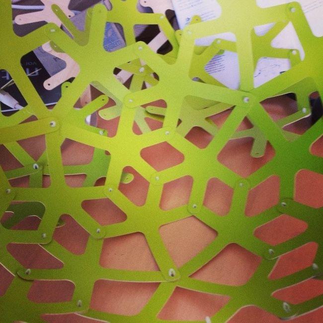 Assembling a David Trubridge lamp ... Work Lamp Davidtrubridge Lampemesteren lampemesteren.dk puzzle
