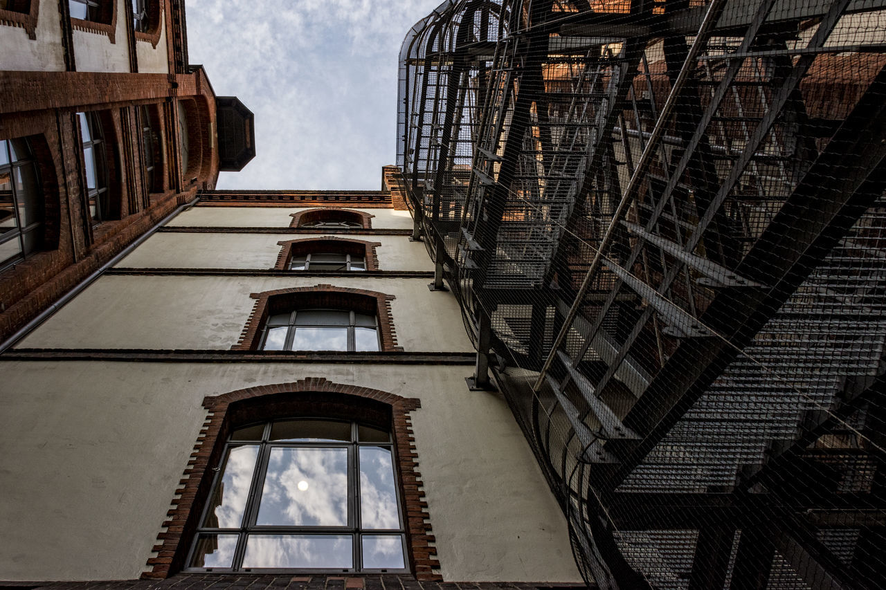 Speicherstadt backyard Architecture Backyard Building Exterior Built Structure Clouds And Sky Day Hamburg Low Angle View No People Old Buildings Outdoors Reflections Sky Speicherstadt Hamburg Stairs Steps And Stairs Unesco World Heritage Windows