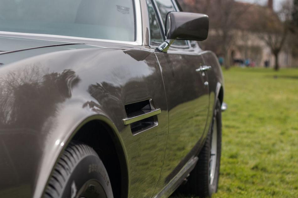 Aston Martin V8 Vantage Aston Martin