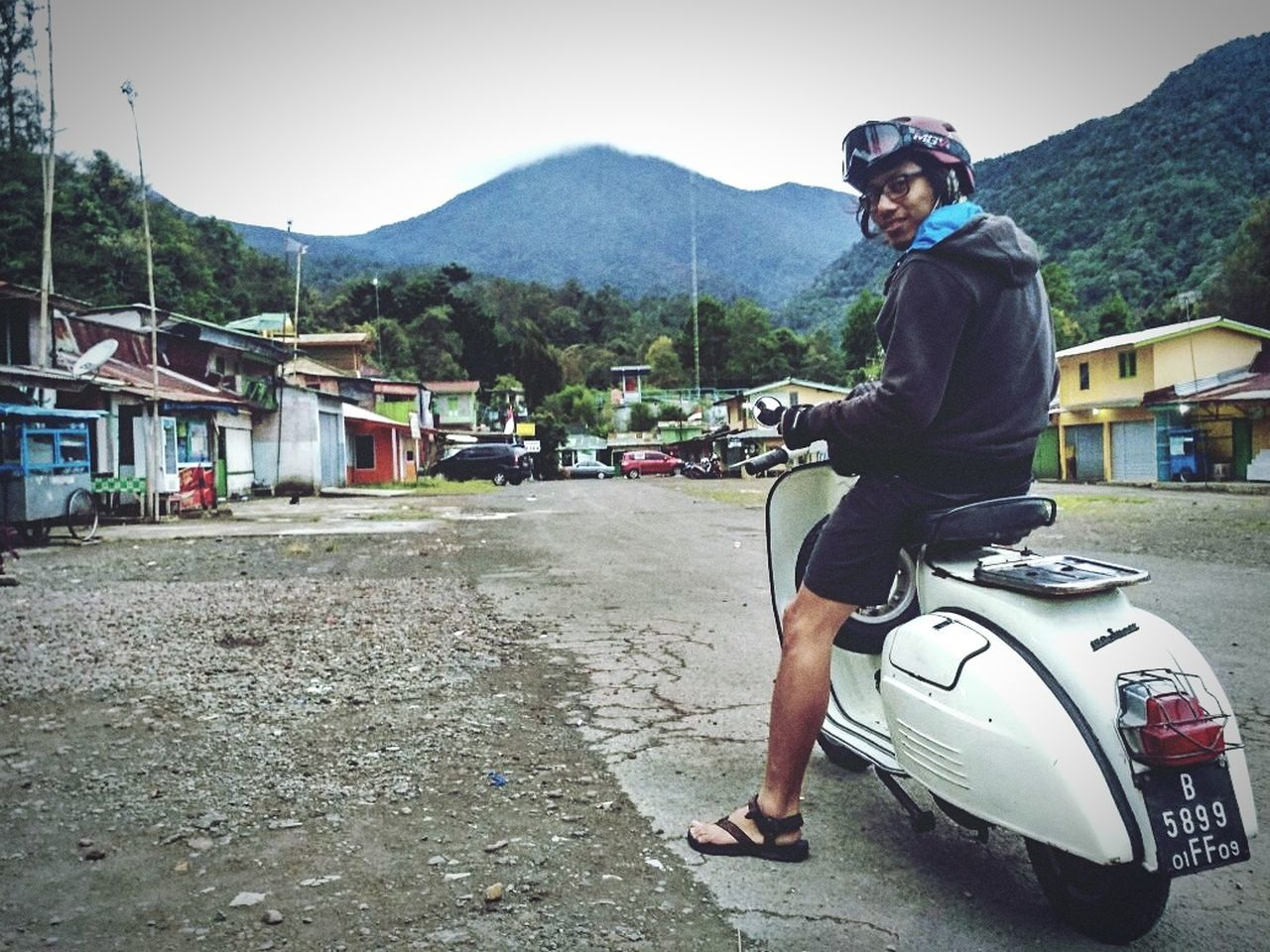 Enjoyin scooter trip... Scooterist Salammesinkanan Scooterlife Scooterride