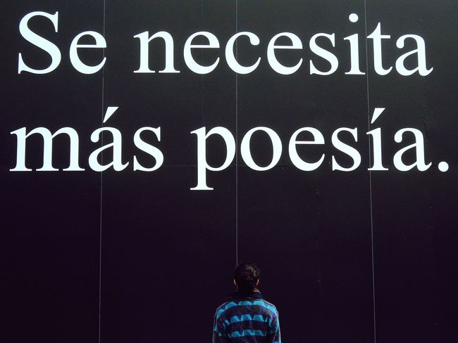 Poesia Necessary Poetas Leer Museum Museo