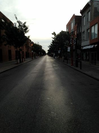 In all my life, I have never seen South Street so deserted and clean! Only for the Pope. ABeautifulMorning ATouristInMyOwnCity ScenesFromTheStreet TheSidewalksOfTheCity Pope Francis In Philadelphia PopeInPhilly