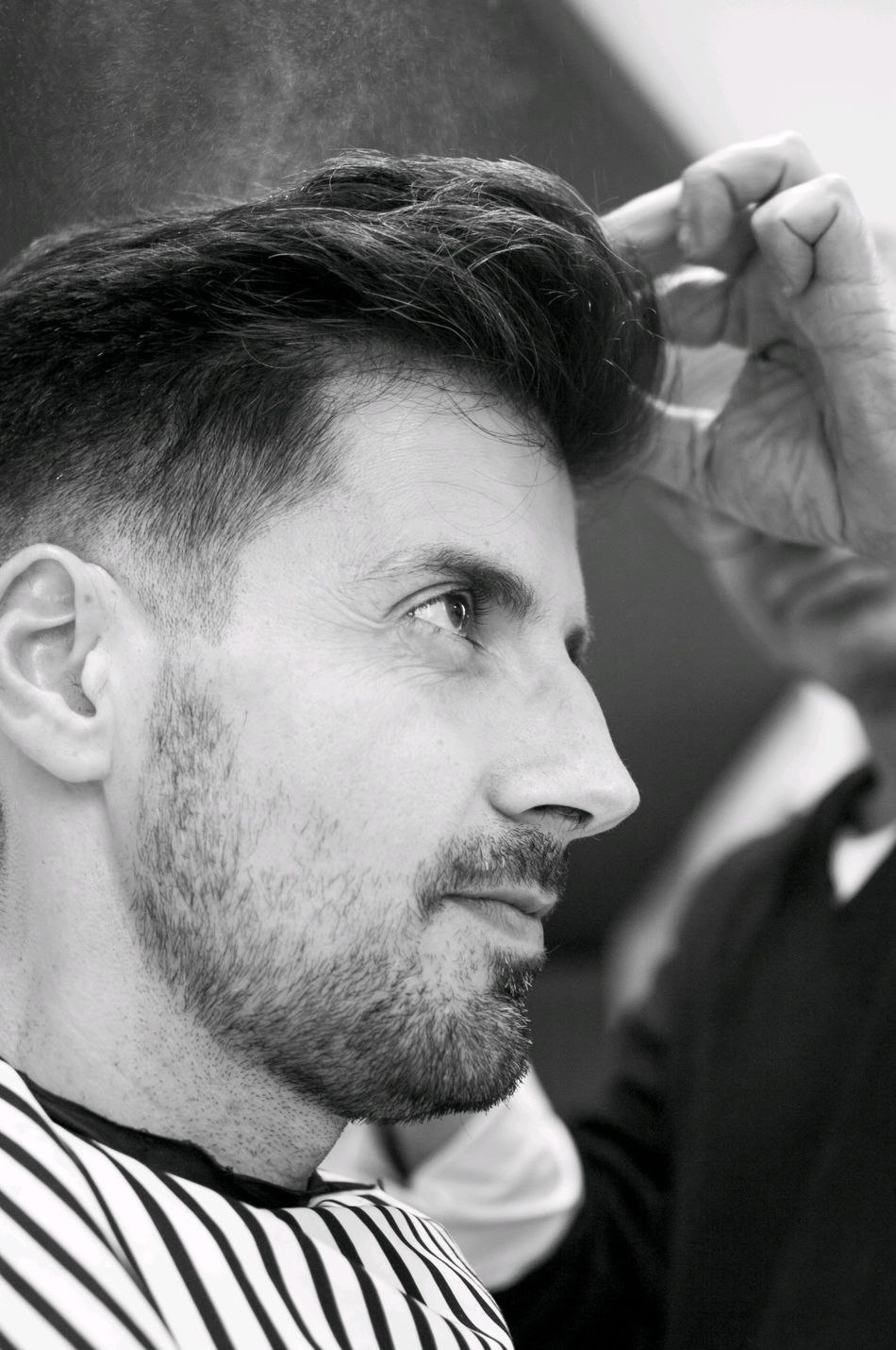 Haircut Haircut Time Hairstyle Hairdresser Close-up Hairspray BW_photography One Man Only Delfín Blanco Peluquería En Gijón Spain
