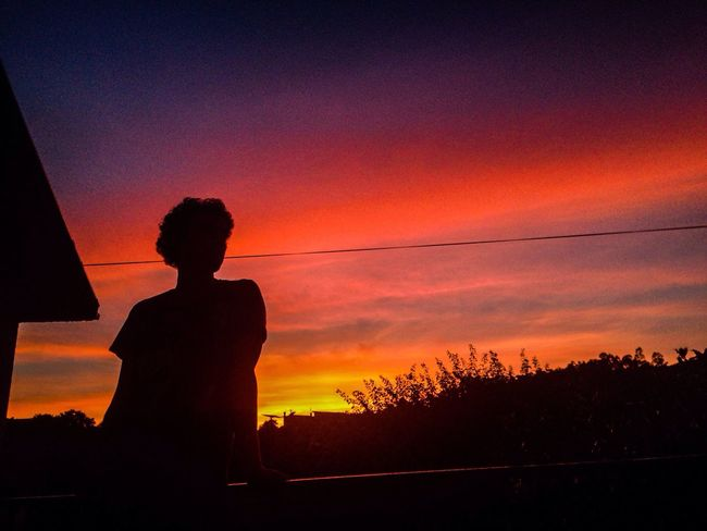 Sunset in your eyes 💗 Feel The Journey Photography Photooftheday Family Sunset Sunsetcolors Chilling 43 Golden Moments