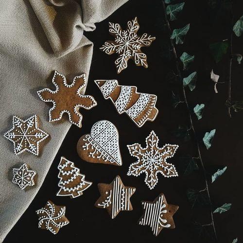 Flatlay Handmade Madebyme Gingerbreads Creative Naturalist Hungarian Christmas Celebration Snowflake Pattern Textile Christmas Decoration