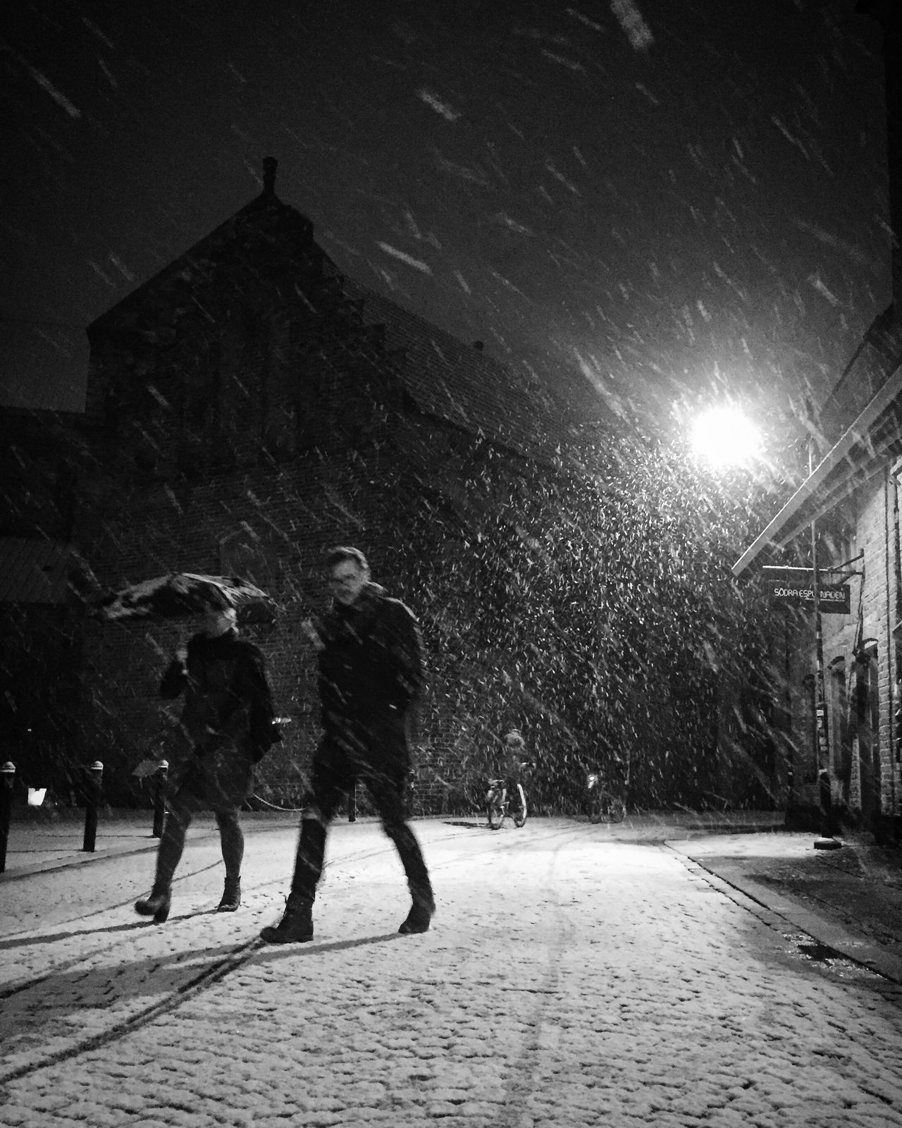 Winter Snow Snowing Cold Temperature Outdoors Bw_collection Monochrome Black And White Street Photography Darkness And Light Illuminated