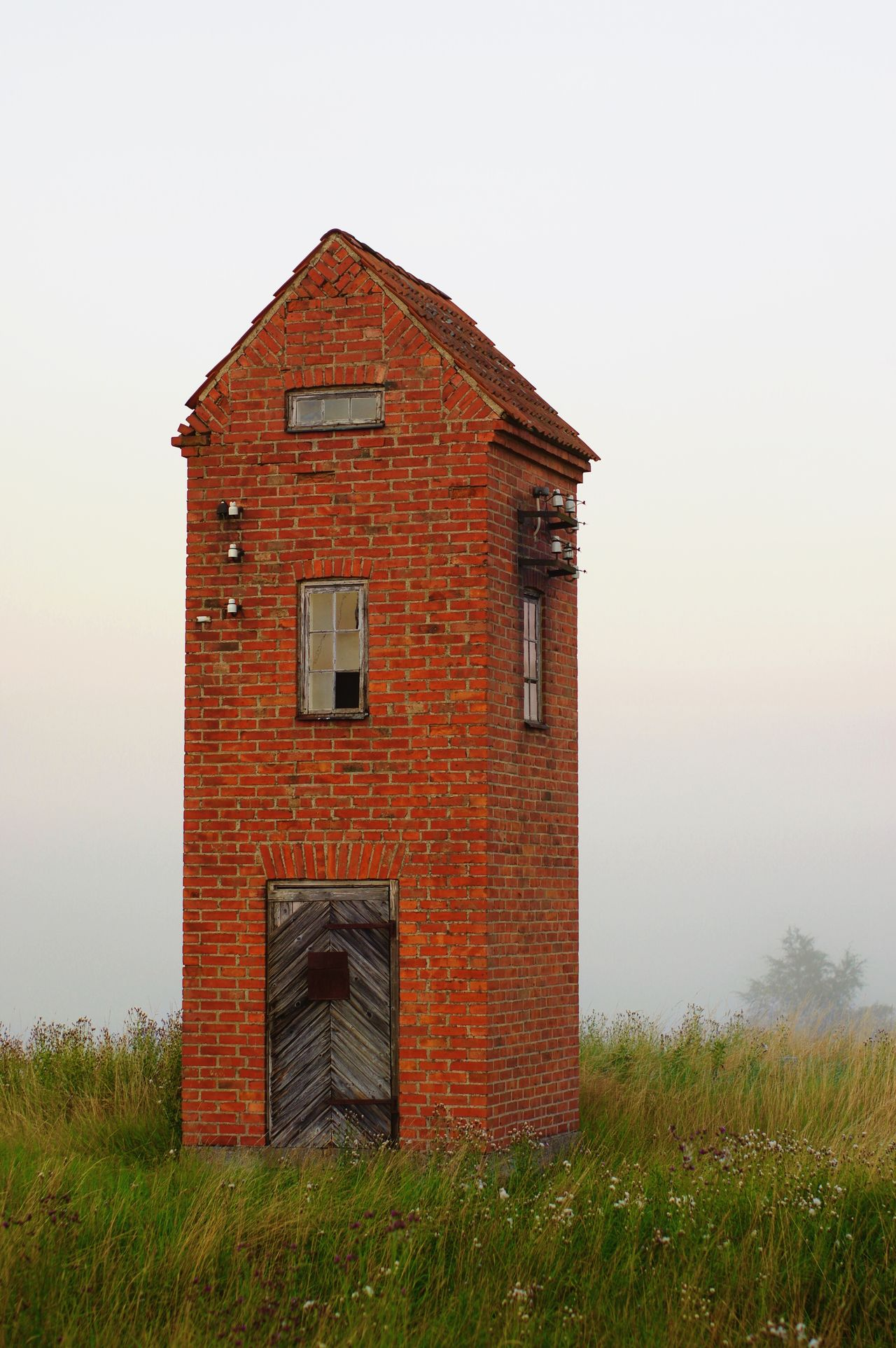 Electricity  House from the Past . Early Morning Countryside Glamour Lonely Mist Skyscraper (sort of in miniature) Old Buildings Pentax