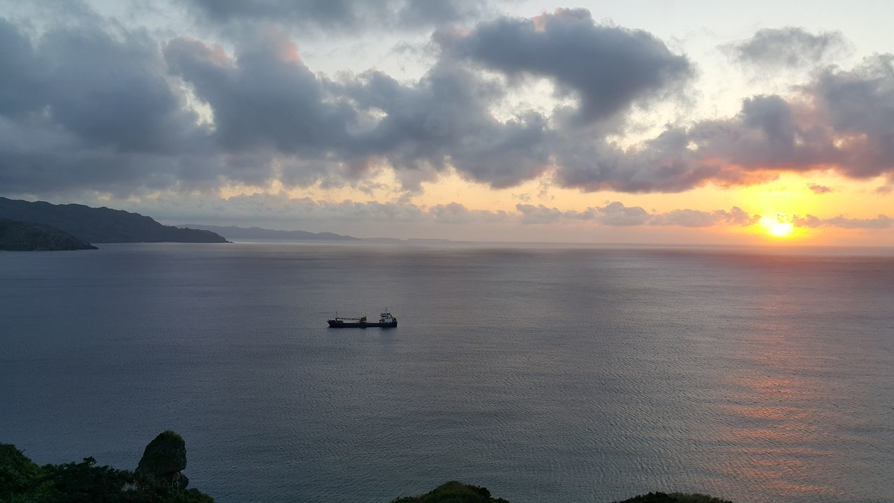 sunset, cloud - sky, nature, beauty in nature, sky, scenics, sea, water, tranquility, transportation, tranquil scene, nautical vessel, no people, mode of transport, outdoors, horizon over water, day
