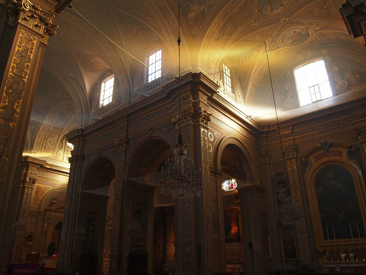 Natural light Architecture Majestic Baroque Ferrara Italy Cathedral Lights Light Soft Light Darkness And Light Light And Shadow Windows Divine Christianity Beauty Beautiful Arcades Backgrounds EyeEm Best Shots Eyeemphotography EyeEm Gallery Precious Art And Craft Interior Indoors