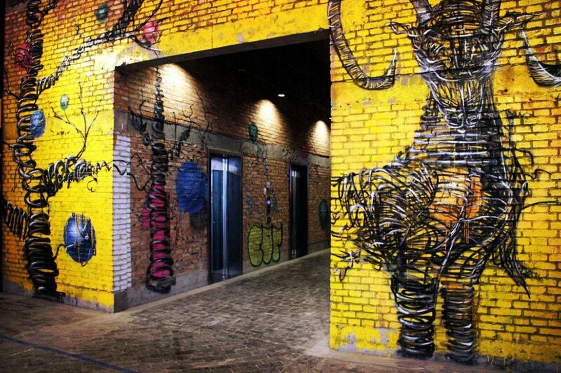 Streetphotography Streetart Streetgraffiti Colors Yellow Wall Art Popular Photos Architecture EyeEm Best Shots