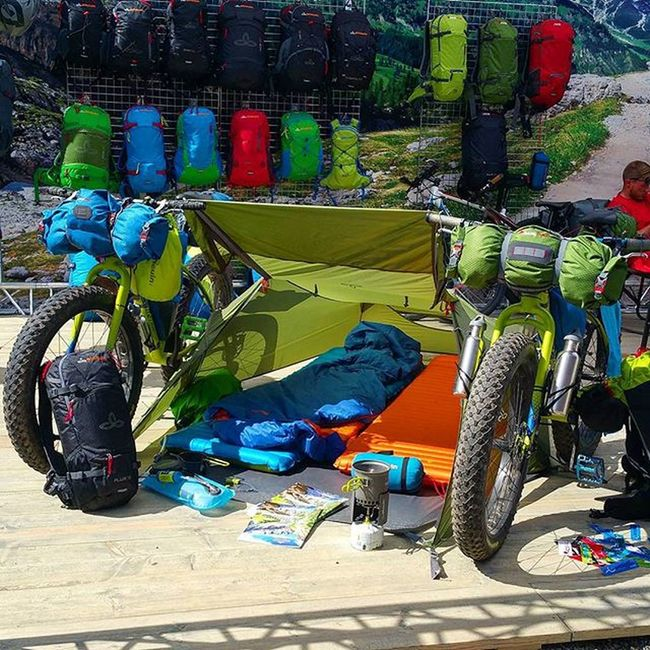 Good idea to sleep on Tour 😀 Eurobike2015 Eurobike Biketouring Fahrrad Fahrradfahren Sport Outdoor Cycling Fatbike Cool Fun 😚