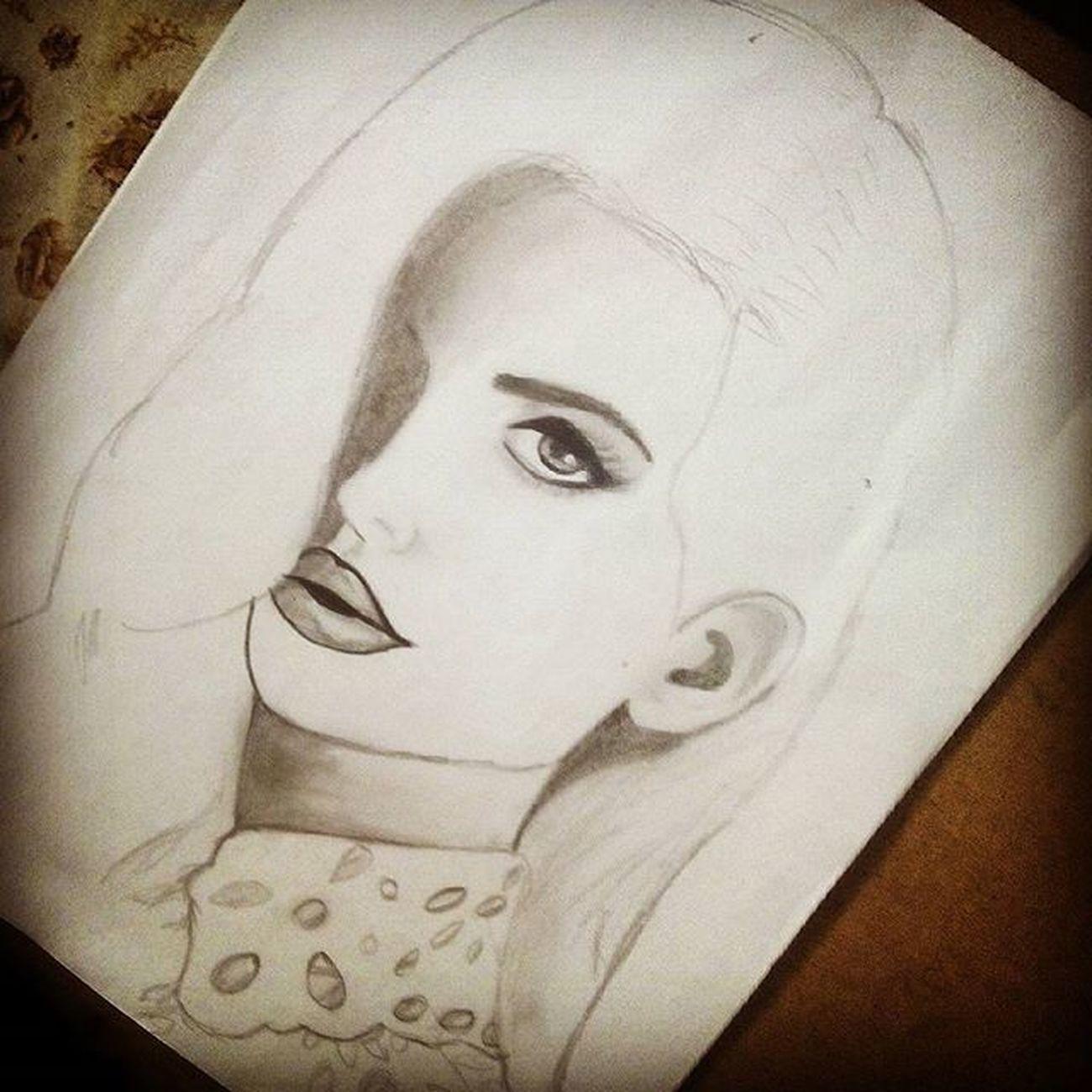 Hay ba quedando :) 😍😍😍😍🙍🙆🙅💁👯👯💆👌👌👌👍👍👍✌ Drawinglanadelrey