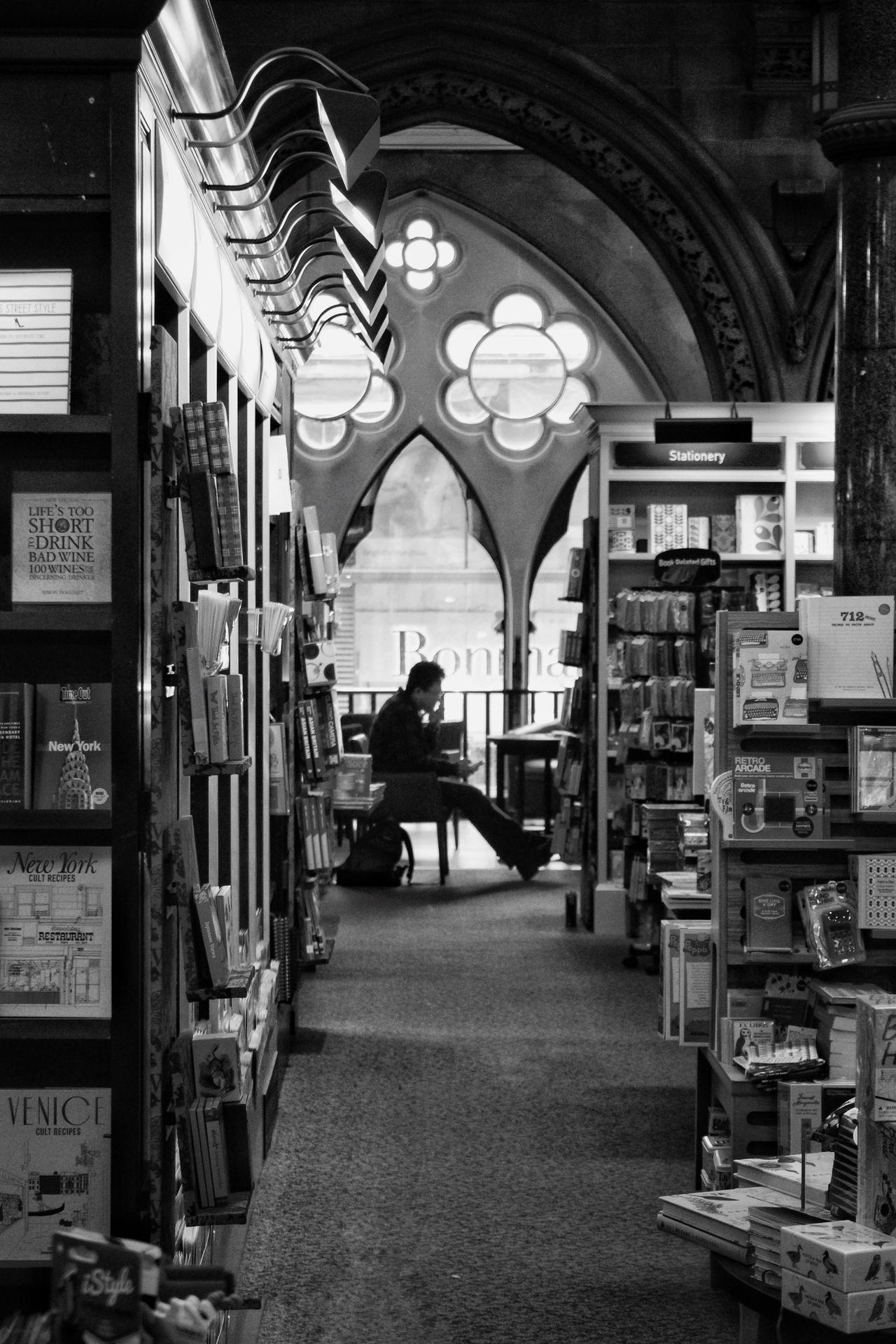 Books Sillouette Reading Bradford Book Store Blackandwhite Yorkshire