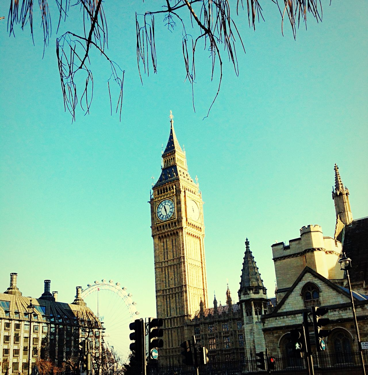 Awesome view on the Big Ben London Taking Pictures First Eyeem Photo Taking Photos Check This Out Traveling Holiday Bigben Turquoise By Motorola Check This Out!