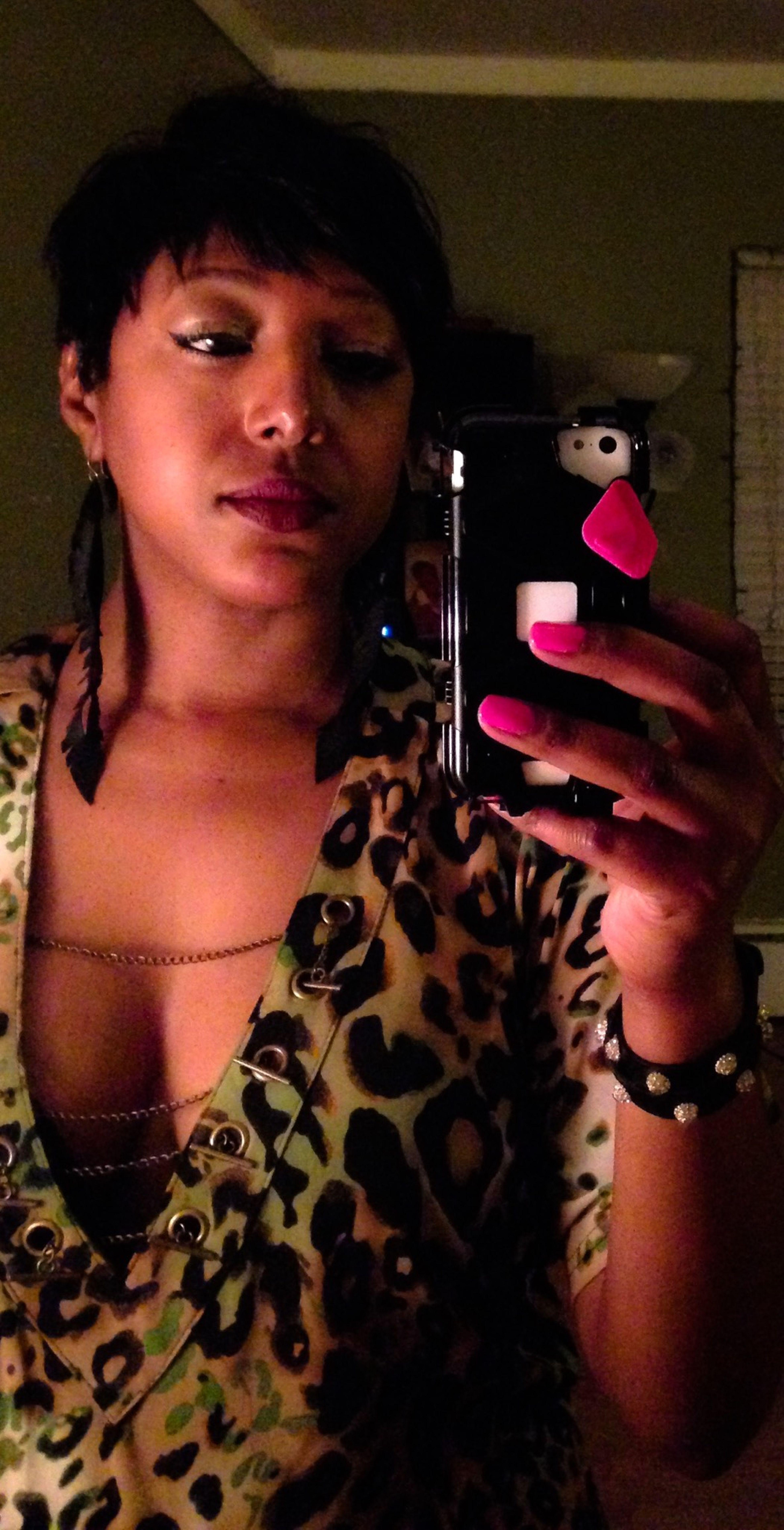 BoldPrints Selfies! GirlsNight Shorthairdontcare