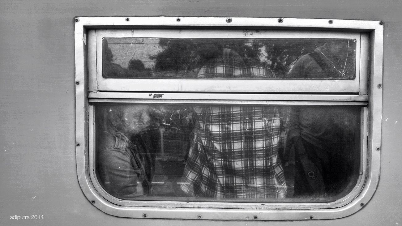 Monochrome Blackandwhite Streetphoto_bw Public Transportation