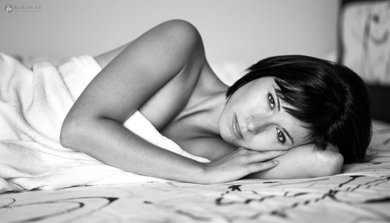 The room (2015) | Bed Beauty Bedroom Women Indoors  Monochrome Young Women Only Women Sexygirl Woman Portrait Nikon Nikonphotography EyeEmNewHere Czech Republic Czech Beautiful People Portrait Face Emotive Black And White Photography Blackandwhite Black & White Beautiful Woman EyeEmNewHere