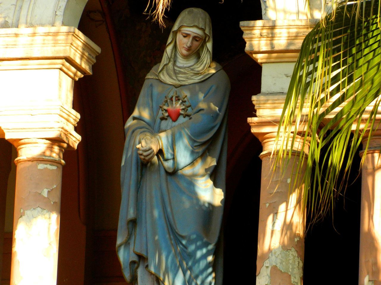 Tristeza religiosa... Holywater  Virgin Mary Catholic Church Religion Heaven God Santiago Chile Blessed