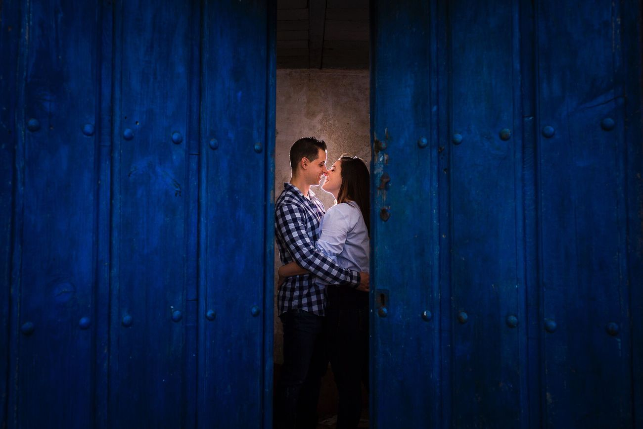 JohnnyGarcía Wedding Photography Couple - Relationship Weddingphotography Photography SPAIN Couple Wedding Photos Bride And Groom Weddingphotographer Salamanca Extremadura Colors Blue