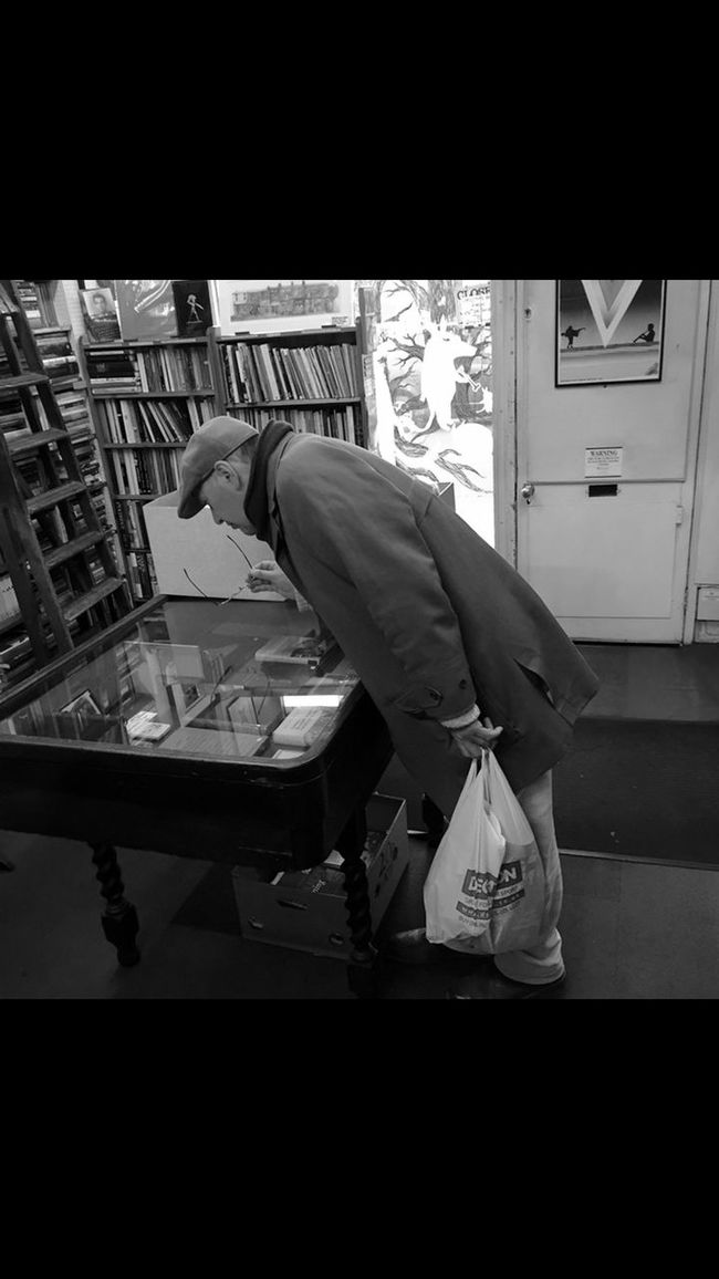 Man in second hand book shop EyeEm Gallery Eye4photography  Blackandwhite Bw_collection Streetphotography Streetphoto_bw EyeEm Best Shots EyeEm Best Edits EyeEmBestPics Eye4delight