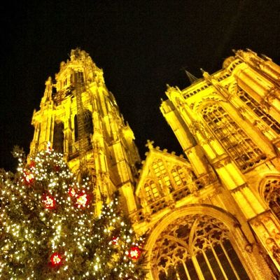 Christmas at Antwerpen by Fred Monster
