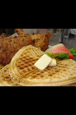 chicken n waffles in Ventura by wcooke