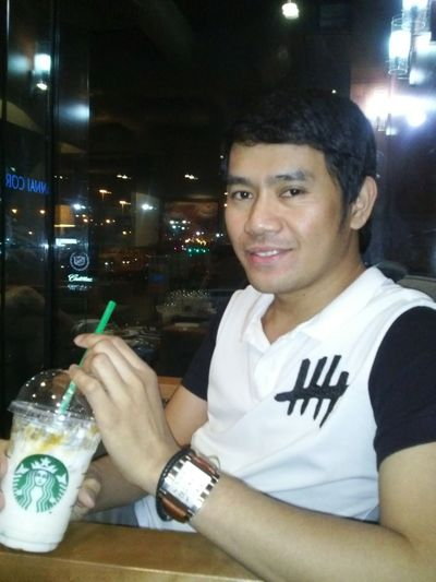 Starbucks time.